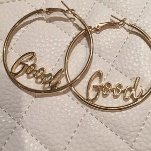 NEVER WORN large gold hoops